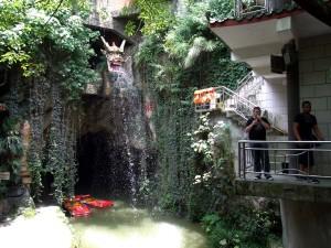 dragoncave-entrance